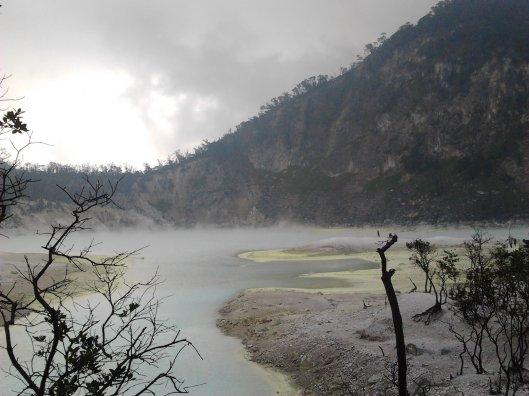 """""""the amazing view"""" Kawah Putih , Bandung"""