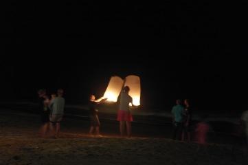 sky lantern at Klong nin beach, koh Lanta..