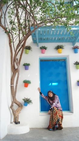 ~posing time at Santorini park..