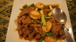 ~(daging masak sos tiram/soy sauce) our dinner at Usman restaurant, sukhumvit, bangkok..