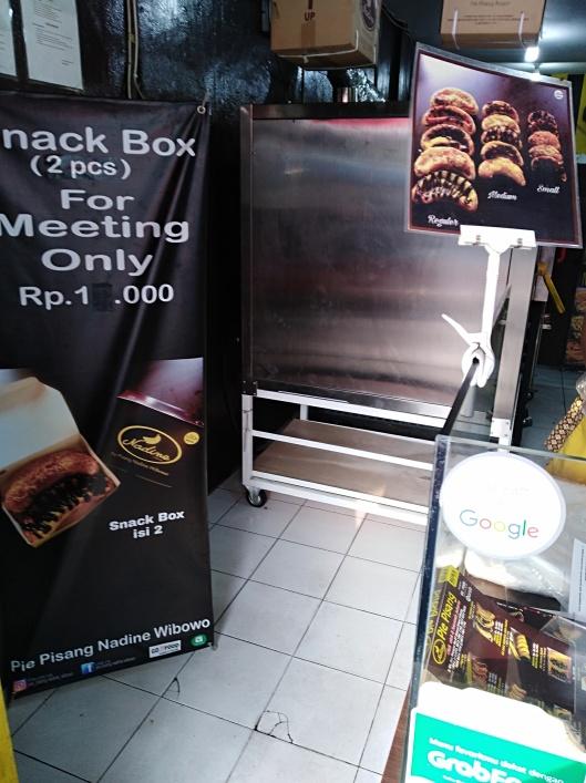 Pie Pisang Nadine, Jakarta