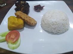 Nasi Ayam tulang lunak, Bandung