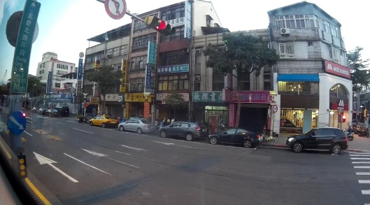 taipei in the morning